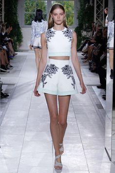 Balenciaga S/S '14 | Trendland: Design Blog & Trend Magazine