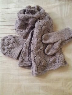 scarf mitten hat for my girl.... rowan felted tweed chunky ! I love this yarn