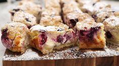 Blåbärsrutor med vaniljkräm och smul | Recept från Köket.se Sushi, Foodies, French Toast, Muffin, Food And Drink, Breakfast, Ethnic Recipes, Desserts, Oxen