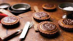 Valentine's Day Desserts: Chocolate Caramel Brownies with Sea Salt Recipe #Hallmark #HallmarkIdeas