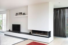 Fireplace Feature Wall, Living Room Decor Fireplace, Living Room Interior, House Goals, Kitchen Living, Planer, Home Remodeling, Living Spaces, Sweet Home