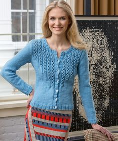 Alice's Blaue Strickjacke