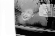 7Bukarest.Porträt im Auto, Maria Prefounta
