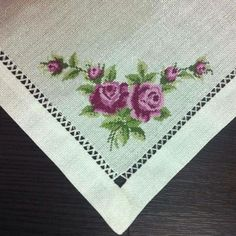 This Pin was discovered by Ruk Embroidery Patterns, Cross Stitch Patterns, Cross Stitch Heart, Fabric Painting, Crafts To Do, Bargello, Handicraft, Quilling, Needlework