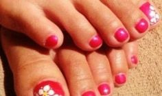 Tram << Seasons Salon and Day Spa it's time for the pool, beaches and flip flops. Gel polish with a little floral pop for summer.