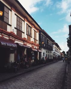 Philippines Destinations, Philippines Travel, Vigan Philippines, Philippine Architecture, Intramuros, Philippines Culture, Environment Concept, Vacation Places, Travelogue