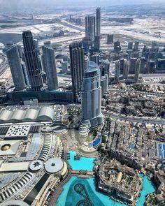 @atthetopburjkhalifa 🏙  #828meters #BurjKhalifa #atthetopburjkhalifa #atthetop #dubai #worldhighestbuilding #dubaiatday #view #dubaimall #dubaifountain #soukalbahar Dubai Mall, Burj Khalifa, Fountain, New York Skyline, City Photo, Places, Travel, Instagram, Viajes
