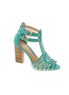Sandália de couro com modelagem huarache. Salto 10 cm. Cristófoli verão 2015