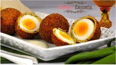 Ovos Mollet Empanado, ovos cozidos moles, empanados massa temperada e crocante, podendo ser fritos ou assados
