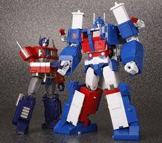 Transformers Masterpiece MP-10 Convoy (Optimus Prime) and MP-22 Ultra Magnus