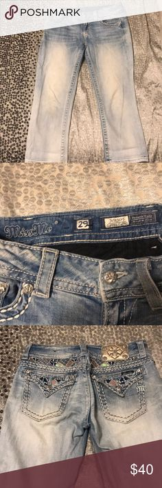 Miss Me Cropped Jeans Too cute Miss Me Jeans Ankle & Cropped