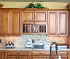 Plate Cabinets for Your Wall | UNDER CABINET WOOD PLATE RACKS ...