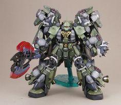 MG 1/100 Zaku II Custom: Work by Stephen Ho. Photoreview
