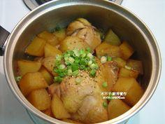 馬鈴薯燉雞腿 / Potato with chicken