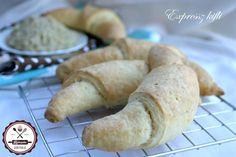 30 perces kifli | HahoPihe Konyhája - Receptneked.hu Ciabatta, Kefir, Favorite Recipes, Bread, Baking, Food, Brot, Bakken, Essen