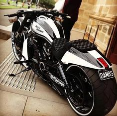 Motorcycle honda sport harley davidson 39 Ideas for 2019 Vrod Harley, Harley Bikes, Harley Davidson Bikes, Vrod Custom, Custom Harleys, Bagger Motorcycle, Moto Bike, Honda Motorcycles, Custom Motorcycles