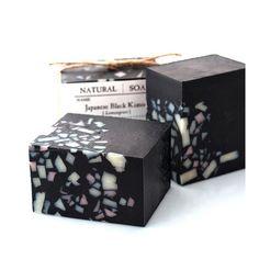 Japanese Black Kimono Soap with Organic Shea Butter - Vegan Soap - Lemongrass Essential Oil Savon Soap, Charcoal Soap, Lemongrass Essential Oil, Soap Maker, Vegan Soap, Black Soap, Soap Packaging, Cold Process Soap, Soap Recipes
