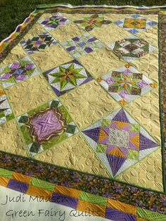 Another quilt gorgeously quilted by Judi Madsen (@ Green Fairy Quilts), made by Lynette ... the combination - STUNNING!!!