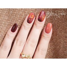 No photo description available. Nude Nails, Nail Manicure, My Nails, American Nails, Finger Nail Art, Nail Envy, Autumn Nails, Halloween Nail Art, Gel Nail Designs
