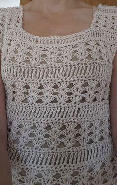 cotton blend Ivory sweater w hi lo hem Gorgeous Ivory cotton blend sweater a little bit oversized with a hi lo hem. Crochet Tank Tops, Crochet Summer Tops, Crochet Blouse, Crochet For Kids, Crochet Lace, Free Crochet, Crochet Wedding, Crochet Quilt, Crochet Clothes