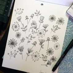 Flowers drawing doodles ink 34 New ideas Doodle Sketch, Doodle Drawings, Doodle Art, Sketch Art, Botanical Line Drawing, Floral Drawing, Doodle Inspiration, Doodle Ideas, Plant Drawing