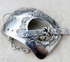 Melinda Orr Metal & Clay Jewelry Designs: It's Toggle Time!
