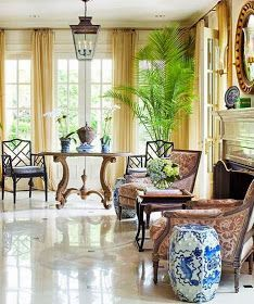 Eye For Design: Decorating In Chinese Chippendale Style Decor Interior Design, Interior Decorating, Bamboo Chairs, Chippendale Chairs, Faux Bamboo, French Style, Chinoiserie, Old World, Aesthetics