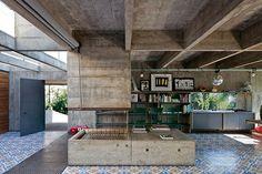 数十年経ってもミニマルモダン ! 60年代に建てられた巨匠の家 in ブラジル   VIP WORKS