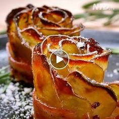 Crispy Potato Roses  http://thebestfbvideo.com/crispy-potato-roses-wrapped-in-bacon/