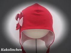 Mützen -  Mütze mit Blüte - ein Designerstück von Kukolinchen bei DaWanda