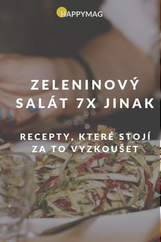 Udělejte si nejlepší zeleninový salát na 7 způsobů! Vybere si každý - šopský salát, tuňákový, kuřecí, ledový nebo Ceasar. #recept #salat #ceasar Food And Drink, Versuch, Berry, Anna, Eat, Recipes, Bury, Ripped Recipes
