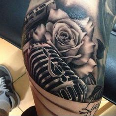 Gorgeous black/grey microphone with a rose