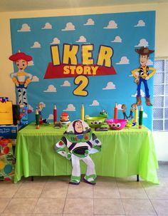 Candy bar daniel в 2019 г. toy story birthday, toy story cakes и toy story Fête Toy Story, Toy Story Baby, Toy Story Theme, Toy Story Cakes, 2nd Birthday Parties, Baby Birthday, Toy Story Decorations, Toy Story Centerpieces, Festa Toy Store