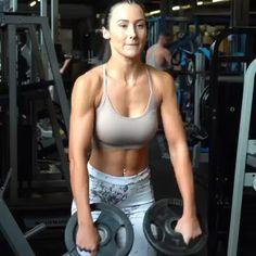Fitness Tracker, Fitness Goals, Fitness Motivation, Gym Workout Videos, Gym Workout For Beginners, Workouts, Mommy Workout, Fitness Workout For Women, Shoulder Workout Women