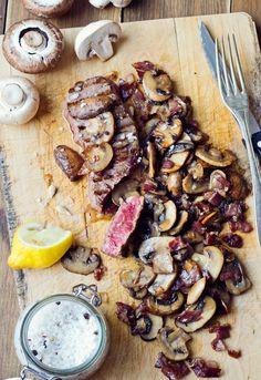 Receta 708: Filetes de solomillo o lomo con un picadito de champiñón, cebolla y jamón » 1080 Fotos de cocina