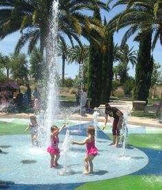 While dozens of popular splash pads are going dry this summer due to the drought, we've tracked down a hefty list of parks where the water is still flowing.
