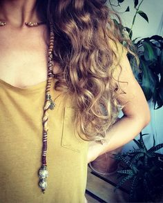 Hairwrap in honey gold and nude colors with beads from Tibet. Handmade bohemian hairjewelry. Festival Jewelry