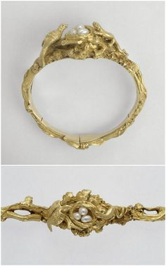 Stunning Bracelet: The bird defending his nest. Duponchel Henri (1794-1868) - Morel Jean Valentin (1794-1860). Gold, Pearl. Paris 19th Century. | Louvre Museum , gold and silversmith.