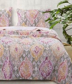 Greenland Home Fashions Pink & Gray Ibiza Quilt Set Queen Size Quilt Sets, Twin Quilt Size, King Quilt Sets, Queen Quilt, Bungalow, Medallion Quilt, Linen Bedroom, Rose Gold Pink, Quilted Bedspreads