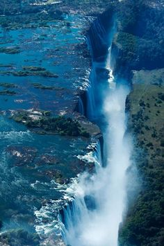 Victoria Falls | Stunning Places: it shows feeding the ground bellow& existing creatures.