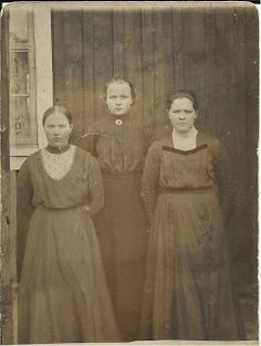 Old Pictures, Old Photos, Vintage Photos, Hard Working Women, Working Woman, History Of Finland, Finnish Language, Old Dresses, Antique Clothing