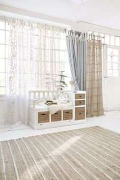 Motifs, Decoration, Window Treatments, Windows, Curtains, Home Decor, Classy Living Room, Light Colors, Hobby Lobby Bedroom