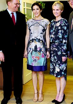 anythingandeverythingroyals:  Crown Princess Mary in a dress from philosophy di alberta ferretti, November 4, 2014