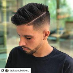 "Páči sa mi to: 135, komentáre: 1 – The Inglorious Barbers ® (@theingloriousbarbers) na Instagrame: ""#Repost @jackson_barber_ (@get_repost) ・・・ Razor part ✔🔥. E aquelas mechas Quiff 😉😉 @menshair.it…"""