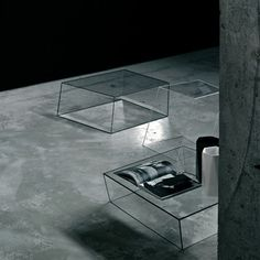 Table basse Wireframe 75 x 87 cm Transparent - Arêtes noir - Glas Italia