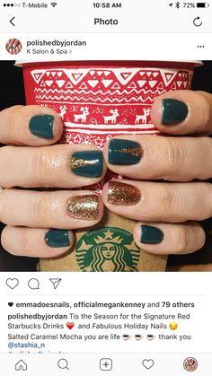 Holiday Nails, Christmas nails, glitter nails, shellac nails, green nails, fun nails, Gold nails,  @polishedbyjordan