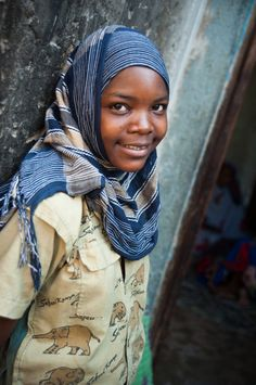 Voyager et faire du volontariat, nos bons plans (Detour Local) -> Le regard des jeunes de l'orphelinat en Tanzanie www.detourlocal.com/voyager-faire-du-volontariat-nos-bons-plans/