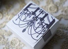 Premier Chandelier Favour Box www.serendipityweddingdesign.co.uk