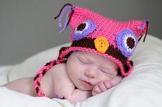 Cute owl hat!