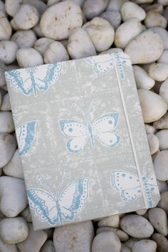 You have until the 30 November to enter our competition to win yourself, your girlfriend, friend or mum a beautifully designed Aukward iPad cover: https://www.facebook.com/EssentialTravel/app_422013504531245
